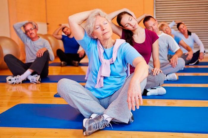 Комплекс упражнений для пожилых при гипертонии